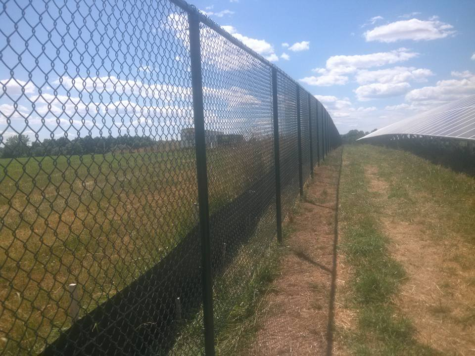 commercial chain link fence 10