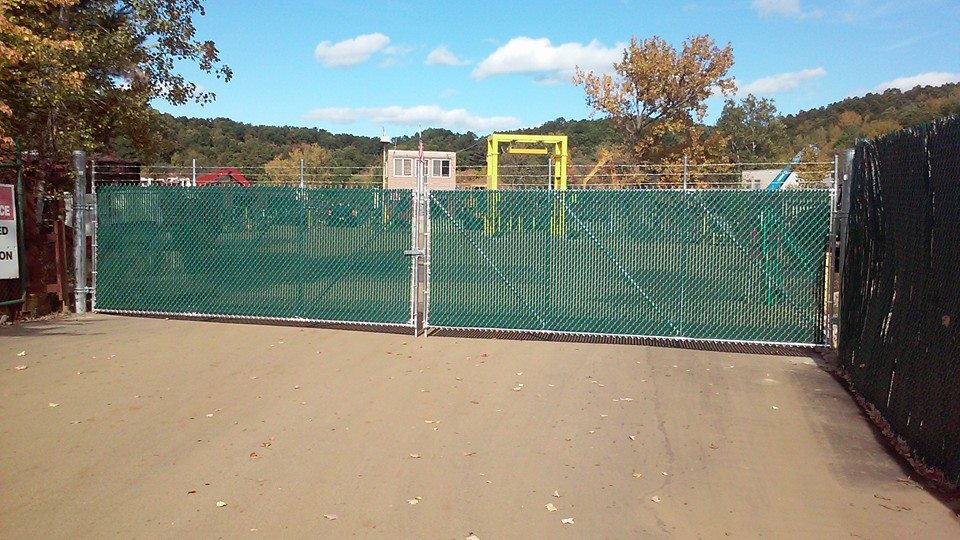 chain link commercial fence