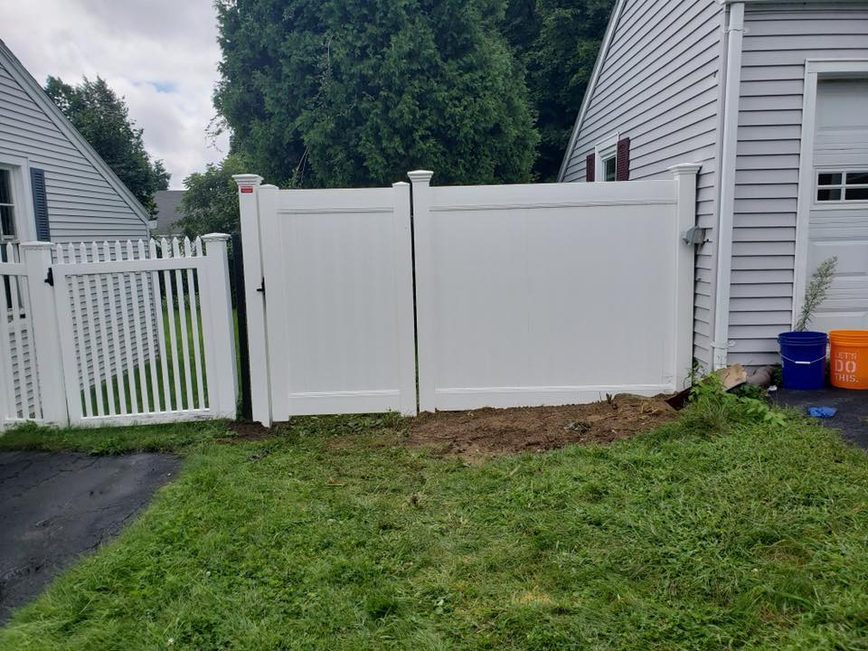 worcester wooden board fence repair