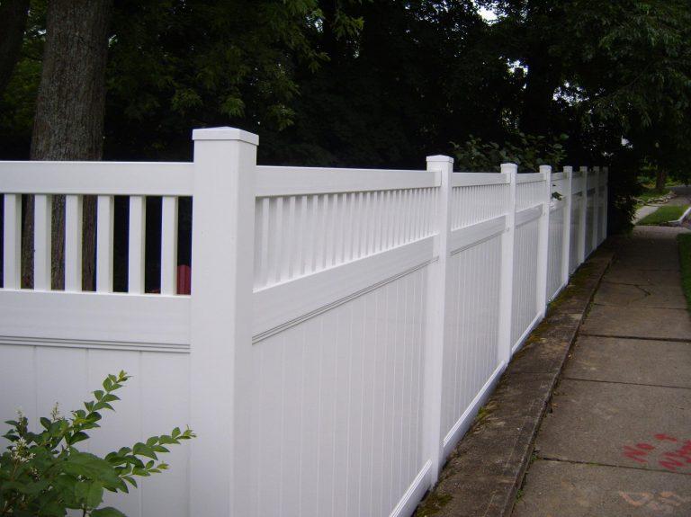 vinyl board fence 2
